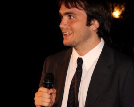 Agustín <br /> Kelly